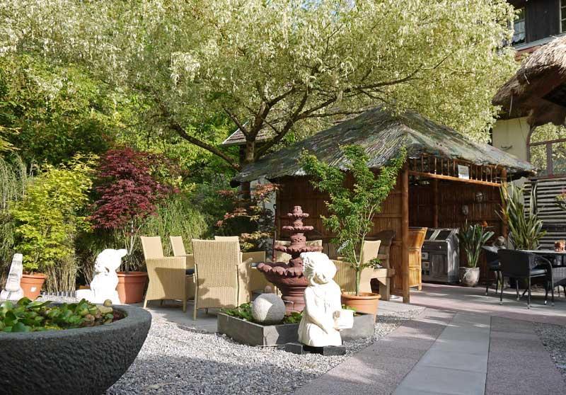 steinfigurenshop asiatische steinkunst f r haus und garten. Black Bedroom Furniture Sets. Home Design Ideas